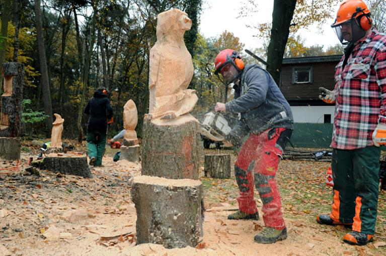 Erlkoenig Carving